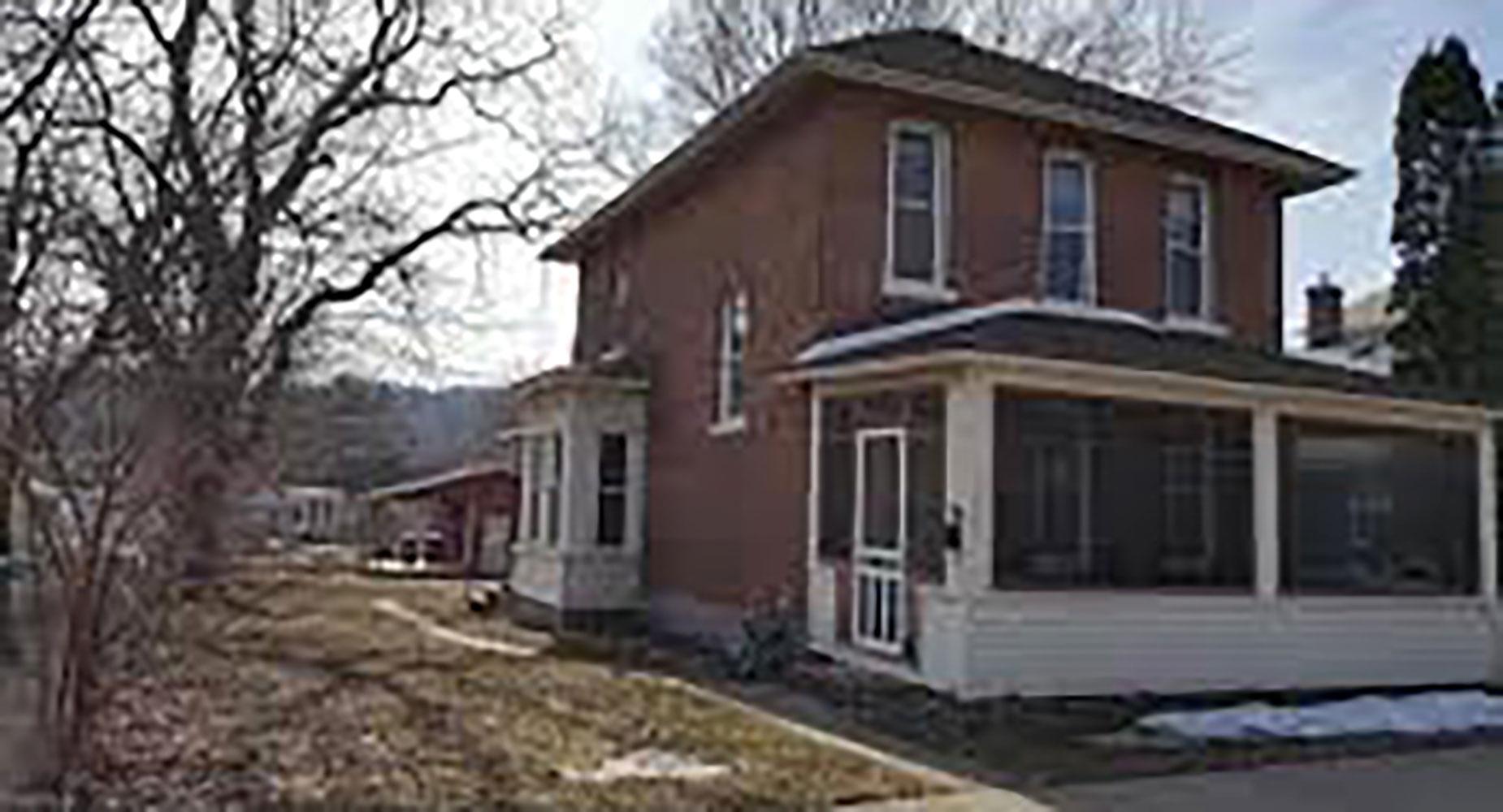 Rentals Winona 355 East 8th